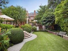 Images - house garden design - interior designs blog - 35 Clendon Road Toorak.jpg