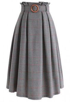 My Secret Weapon Tulle Maxi Skirt in Black - Retro, Indie and Unique Fashion - Damen Mode 2019 Muslim Fashion, Modest Fashion, Hijab Fashion, Fashion Dresses, Fashion Fashion, Fashion Today, Work Fashion, Fashion Boots, Retro Fashion