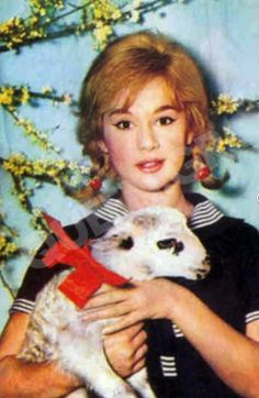 Easter with Aliki Vougiouklaki, 1960 Old Greek, Easter Crafts, Horror Movies, Actors & Actresses, Greece, The Past, Teddy Bear, Animation, Retro
