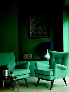 An green seating area with mid-century modern appeal.