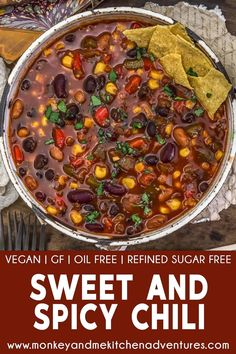 Healthy, aromatic, and comforting, this oil-free, low-fat Sweet and Spicy Chili is loaded with bean and veggie goodness. #wholefoodplantbased #vegan #oilfree #glutenfree #plantbased | monkeyandmekitchenadventures.com Whole Food Recipes, Healthy Recipes, Soup Recipes, Diet Recipes, Healthy Food, Healthy Beans, Clean Eating Soup, Vegan Party Food, Plant Based Whole Foods