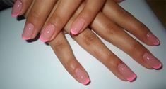 Discover new and inspirational nail art for your short nail designs. Pink Tip Nails, Aycrlic Nails, Hair And Nails, Colored French Nails, French Tip Nails, Colored Tip Nails, Summer French Nails, Summer Nails, Stylish Nails