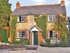 Sydney Cottage, Isle of Wight: http://www.cottages.co.uk/prop_page.php?id=916=29
