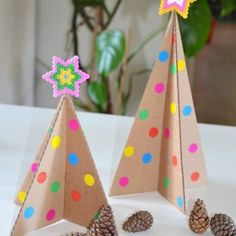 Tuto Charlotte à saladier {Zéro déchet} - Créamalice Cool Christmas Trees, Christmas Tree Crafts, Christmas Minis, Christmas Decorations, Christmas Ornaments, Christmas Recipes, Diy Crafts To Do, Creative Crafts, Crafts For Kids