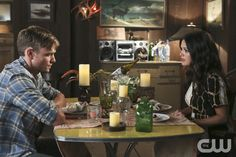 """Hart of Dixie -- """"Kablang"""" -- Image Number: HA401a_0403b.jpg -- Pictured (L-R): Wilson Bethel as Wade and Rachel Bilson as Dr. Zoe Hart -- Photo: Patrick Wymore/The CW -- © 2014 The CW Network, LLC. All rights reserved.pn"""