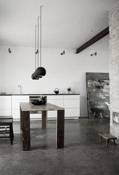 Scandinavian kitchens: charming white and wood , http://www.interiordesign-world.com/kitchen/scandinavian-kitchens-charming-white-and-wood/