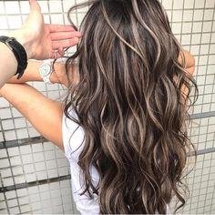 Best Hair Colors & Top Hair Colors Trends in 2019 122 gradient blends of lob styles for women - page Brown Hair Balayage, Brown Blonde Hair, Black Brown Hair, Balayage Straight, Light Brown Hair, Light Hair, Dark Hair With Highlights, Brunette With Blonde Highlights, Brown Hair With Highlights And Lowlights