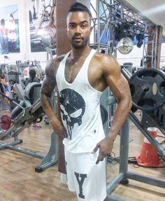 #padradagringafbt#sinistrobear#padraofbt#fbtnaveiapoha.  #eatclean #lifestyle #bodybuilding #mensphysique #physique #bodybuildingmotivation #liftheavy #swoldier  #focado #norestdays #aesthetics #bodybuildingnation #shredded  #bodybuildingcom#fitnessmodel #cutt  #aesthetics # #projetohorroroso#dalhephysique#vemmonstro#ifbbba#30tododia#gymbrasil#physics by hugoreis_ifbb