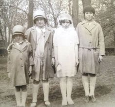 Pat, Kick, Eunice, and Rosemary - circa 1930 ♡❀❁❤❁❤❁❤❁❤❁❤♡ http://en.wikipedia.org/wiki/Kathleen_Cavendish,_Marchioness_of_Hartington    http://en.wikipedia.org/wiki/Kathleen_Cavendish,_Marchioness_of_Hartington
