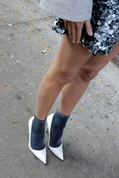 how to wear a mini skirt in the fall: No razor required