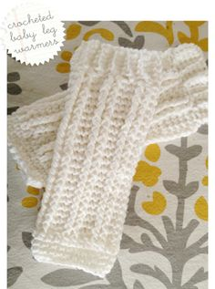 Crocheted baby leg warmers! Soooo cute!! Gonna make some of these for the fall.