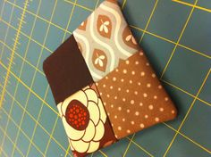 15 minute Coaster http://www.coolcottons.biz/a-quick-tutorial-on-really-cute-coasters.htm