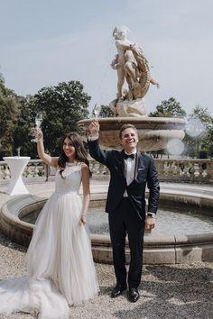 Glückliches Hochzeitspaar, Hochzeitsfotograf aus Wien Lace Wedding, Wedding Dresses, Fashion, Wedding Photography, Nice Asses, Bride Dresses, Moda, Bridal Gowns, Fashion Styles