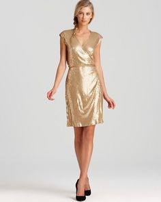 NWT MICHAEL Michael Kors Short Sleeve Gold Sequin Wrap Dress $150 - L