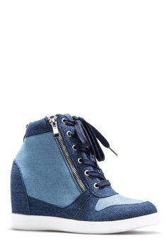 ShoeDazzle Wedge Jojo Womens Blue Size 5.5