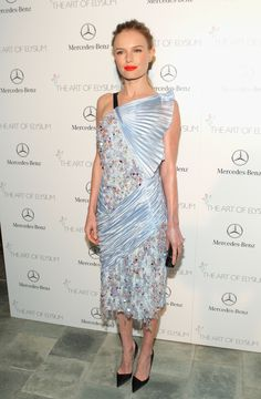 http://res.cloudinary.com/nylon/image/upload/t_featured_images-max,f_auto,fl_lossy,q_80/featured_images/attachments/000/009/487/Kate-Bosworth-Dior-Dress.jpg