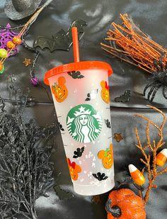 Starbucks Halloween Cups, Disney Starbucks, Mickey Halloween, Starbucks Pumpkin, Halloween Pumpkins, Personalized Starbucks Cup, Custom Starbucks Cup, Personalized Cups, Tapas