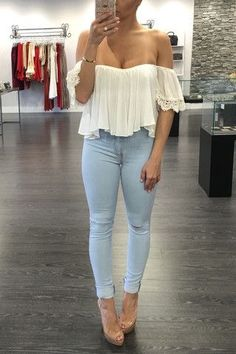 Spring Outfits, Trendy Outfits, Cute Outfits, Fashion Outfits, Womens Fashion, Distressed Black Jeans, Moda Casual, Mode Chic, Women's Summer Fashion