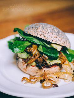 Vegane Pulled Pork Burger aus dem Gemüseregal