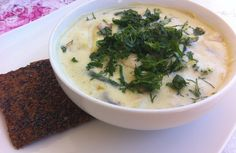 Raw Thai Coconut Soup with Bell Pepper, Cauliflower and Broccoli and a side of Raw Flax Cracker. Full of Raw Food Bliss!