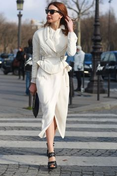 All white is so ultrachic, don't you agree?