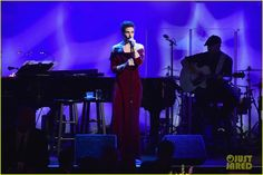 Idina Menzel, Unusual Things, How Beautiful, Singer, World, Concert, Singers, Concerts, The World