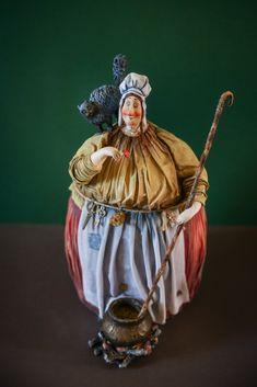 Dracula, Diy Unicorn Cake, Plus Size Art, Fat Art, Black Aesthetic Wallpaper, Plus Size Beauty, Fat Women, Art Dolls, Vintage Photos