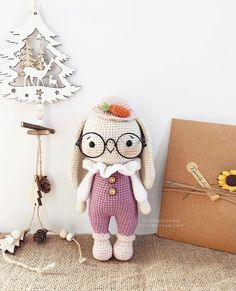 VK is the largest European social network with more than 100 million active users. Old Friends, Origami, Photo Wall, Teddy Bear, Dolls, Christmas Ornaments, Holiday Decor, Crochet, Pictures