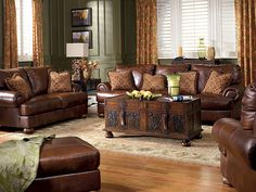 I love this look for a living room! :)