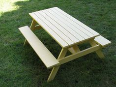 These free DIY picnic table plans will help you build a backyard retreat in just one weekend. All of the free plans include instructions and blueprints. Picnic Table Kit, Octagon Picnic Table, Build A Dog House, Build Your Own Shed, Backyard Sheds, Backyard Retreat, Woodworking Plans, Woodworking Projects, Wood Projects