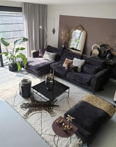 black, velvet sofa surrounded with beautiful fabrics and warm colors - Different Ideas Living Room Grey, Home Living Room, Living Room Decor, Bedroom Decor, Wall Decor, Long Chair, Cool Couches, Beautiful Sofas, Black Sofa