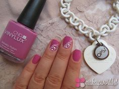 nail art pizzo - ops - cnd vinylux - pink - necklace - nail art