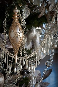 #Christmas tree #ornament gold mercury glass with pearl garland ToniK Joyeux Noël Victorian Inspirationlane