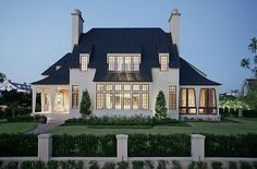Woodlands home is a window wonderland