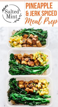 Jerk Spiced Crispy Tofu Meal Prep Bowls Recipe With Pineappl.- These vegan meal prep bowls are the perfect for a week of healthy lunches. Crispy jerk tofu with spicy pineapple slaw and brown rice. Veggie Meal Prep, Vegetarian Meal Prep, Lunch Meal Prep, Meal Prep Bowls, Easy Meal Prep, Healthy Meal Prep, Healthy Dinner Recipes, Vegetarian Recipes, Healthy Eating