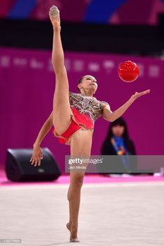 Evita Griskenas of United States performs during the Rhythmic. Gymnastics Flexibility, Gymnastics Poses, Amazing Gymnastics, Acrobatic Gymnastics, Gymnastics Photography, Gymnastics Pictures, Sport Gymnastics, Artistic Gymnastics, Olympic Gymnastics
