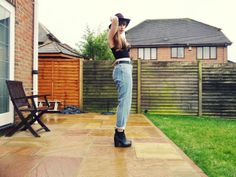 Mesh Panel Top: New Look Fedora: Topshop Vintage Levi's: Brag Vintage Platform Chelsea Boots: Missguided   www.right-up-my-street.com