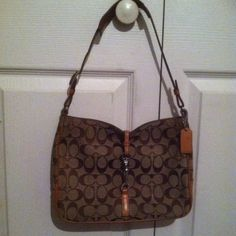 """Cute Small-Medium Size Coach. This is an authentic Coach purse, measures 10"""" x 7 1/2"""", really good condition. Used. All wear is shown in pics. Brown shades. Coach Bags"""