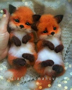 """cute fox Comment """"fox"""" in your language Hand crafted baby foxes Follo Cute Wild Animals, Baby Animals Super Cute, Cute Baby Dogs, Baby Animals Pictures, Cute Animal Drawings, Cute Dogs And Puppies, Cute Little Animals, Cute Animal Pictures, Cute Funny Animals"""