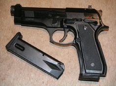 Annonces pistolets, revolvers et armes occasion armurerie Barraud 31 BERETTA 92FS STOCK