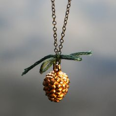 BeauAndArrow Pine Cone With Bow
