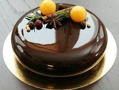 glacage-miroir-chocolat-brillant-gateau-au-chocolat
