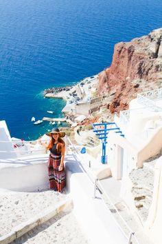 Santorini Oia Travel Guide Reccomendations Honeymoon Colourful Place Greece_-64