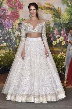 Indian Bridal Wear Manish Malhotra Blouses 46 Trendy Ideas You can find different rumors about the annals of the … Indian Bridal Outfits, Indian Bridal Wear, Indian Designer Outfits, Designer Dresses, Indian Lehenga, Indian Gowns, Indian Bollywood, Bollywood Dress, Manish Malhotra Bridal