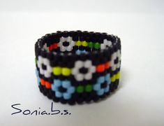 Treasures of Sonia. Bead Loom Patterns, Beading Patterns, Beading Ideas, Beaded Rings, Beaded Bracelets, Pearl Necklaces, Loom Beading, Handcrafted Jewelry, Bracelets
