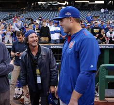 Eddie Vedder and Anthony Rizzo talk pre-game. #Cubs and Pirates photos all night: http://fw.to/ql6GzED