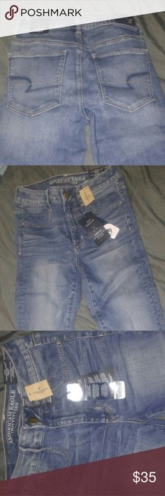 AEO Jeans BRAND NEW W/Tags Contouring Fit Medium Blue American Eagle Outfitters Size 2 Jeans, All Tags attached, Never Worn, CURRENT ITEM on AE shelfs! (self-described as) Hi-Rise Jegging Style / Campus Brights, Super Strech, Power Fit, Advanced Body Contouring Fit American Eagle Outfitters Jeans Skinny