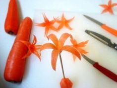 Art in onion, escultura em cebola, onion garnish, flor com cebola, lotus in onion - YouTube