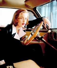 Gillian Anderson as Dana Scully ¦¦ just loveable ¦¦ *.*