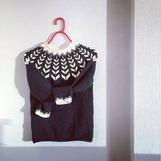 """@nordboerstrikk did a great job with her """"Joyride"""" sweater! Isn't it just gorgeous in this simple two colour combination? ❤  See the free pattern by clicking the link in our profile   #DROPSfan #knitting #jumper #nordicinspiration"""